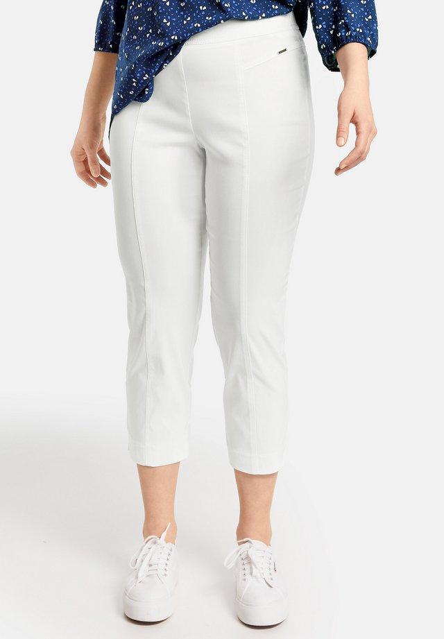 LUCY - Pantalon classique - offwhite