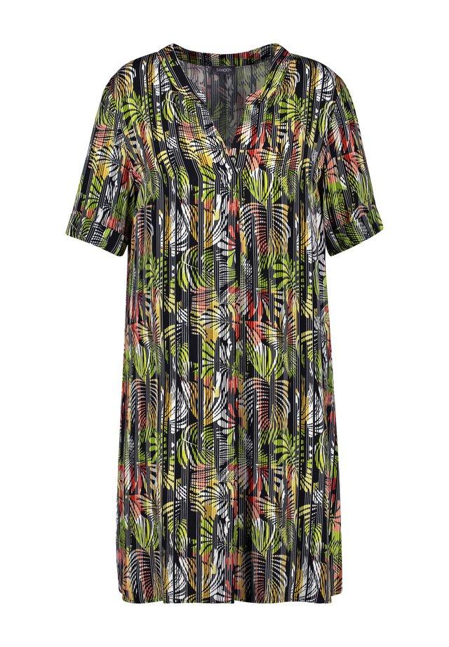 LANGARM  MIT EXOTISCHEM PRINT - Korte jurk - lime tree gemustert