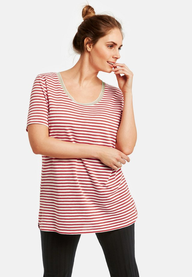 MIT RINGEL-DESSIN - T-shirt print - watermelon/offwhite ringel