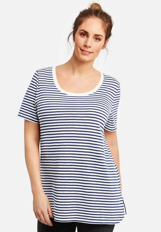 MIT RINGEL-DESSIN - T-shirt print - space blue/offwhite ringel