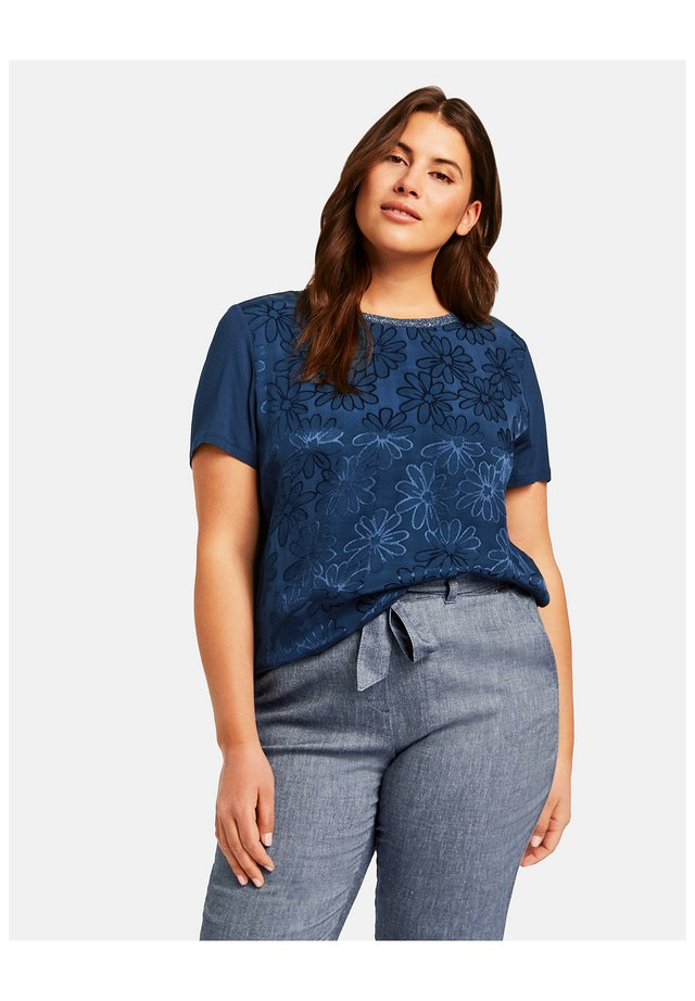 RUNDHALS MIT JACQUARD-FRONT - Print T-shirt - space blue