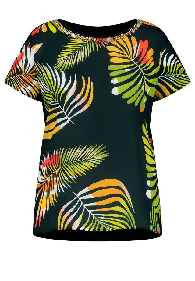 KURZARM RUNDHALS BLUSENSHIRT MIT PALMENBLÄTTER-PRINT - T-shirt print - black gemustert