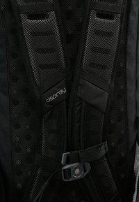 Osprey - SKARAB 30 - Plecak podróżny - black - 8