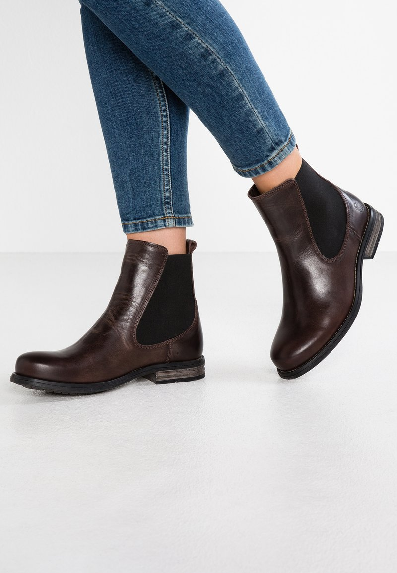 Sneaky Steve - FLUID - Lace-up ankle boots - brown/white