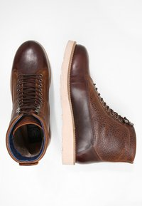 Sneaky Steve - QUICK - Lace-up ankle boots - cognac - 1