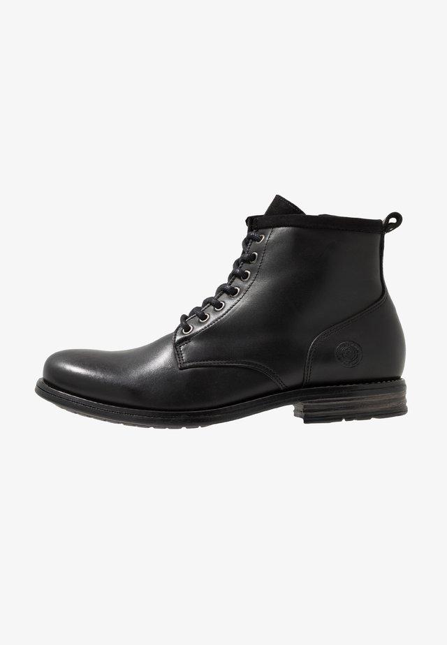 PEAKER - Veterboots - black