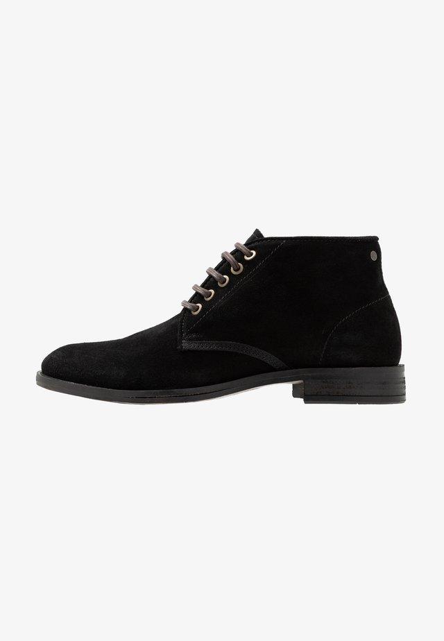 BEYOND - Veterboots - black