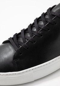 Sneaky Steve - LESS - Sneakers laag - black
