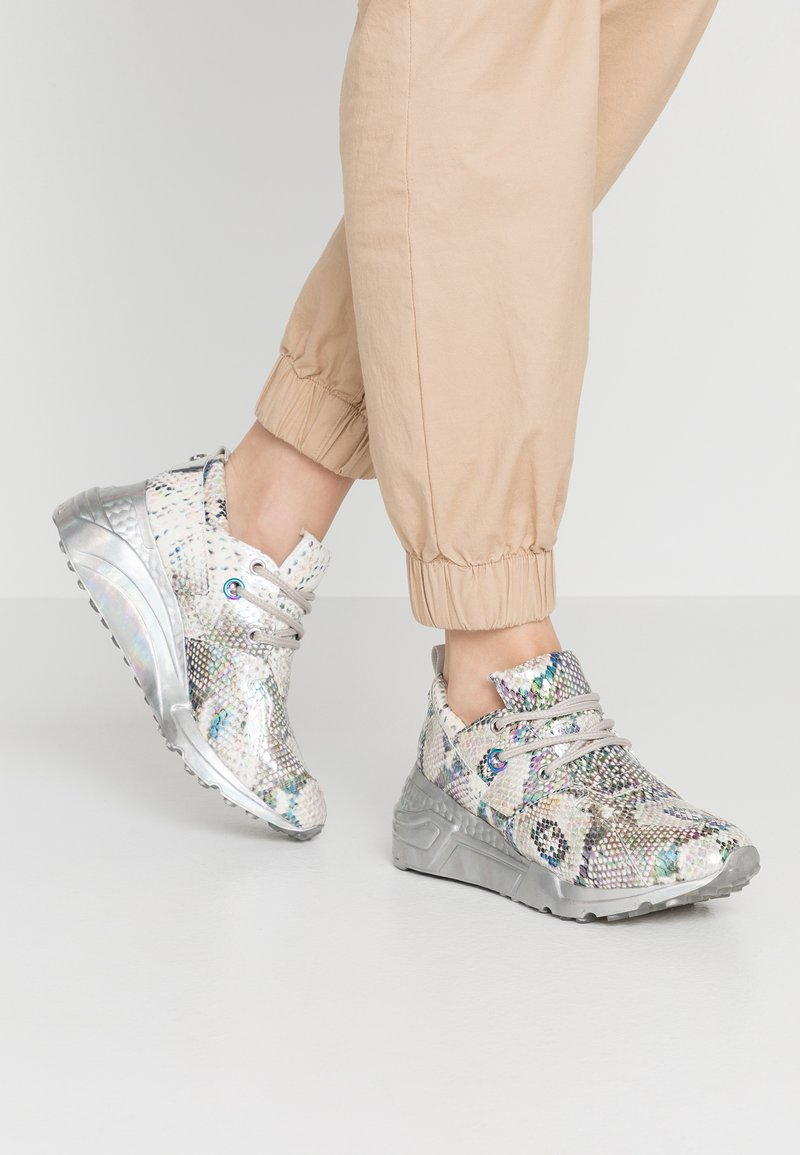 Steve Madden - CLIFF - Sneakers - silver