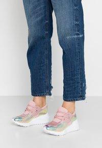 Steve Madden - CLIFF - Sneakers - blush/multicolor - 0