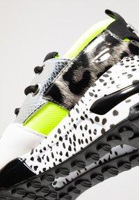 Steve Madden - CLIFF - Sneakers - neon green - 2