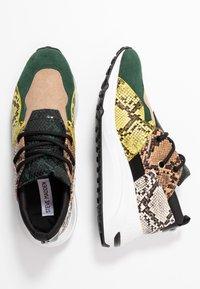 Steve Madden - CLIFF - Sneakers - green - 3