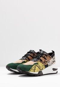 Steve Madden - CLIFF - Sneakers - green - 4
