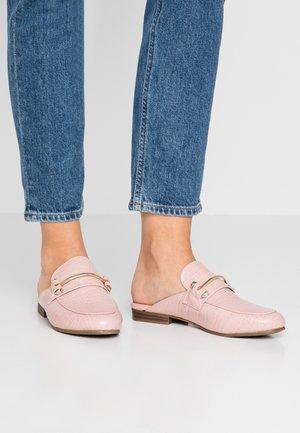 KERA - Mules - pink