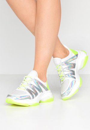 CREDIT - Sneakers - silver