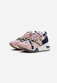 Steve Madden - CREDIT - Sneakers - blush - 2
