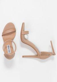 Steve Madden - SOPH - Sandaler med høye hæler - natural - 3