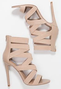 Steve Madden - STRIVE - Sandaler med høye hæler - blush - 3