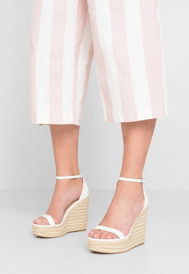 Steve Madden - SURVIVE - High Heel Sandalette - white