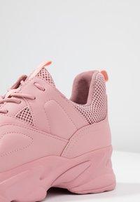Steve Madden - MOVEMENT - Zapatillas - pink - 2