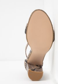 Steve Madden - CARRSON - Sandály na vysokém podpatku - tan - 6
