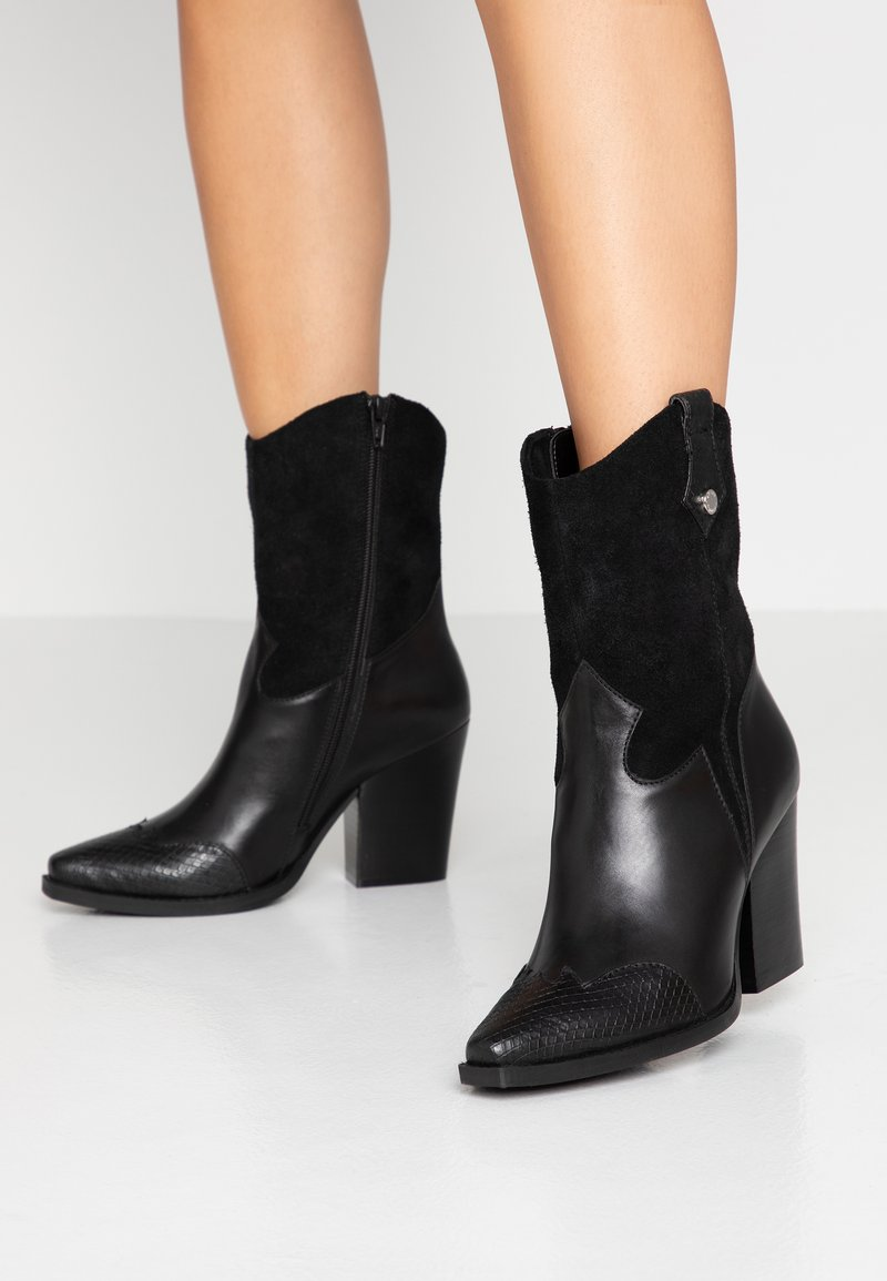 Steve Madden - EZZY - High heeled ankle boots - black