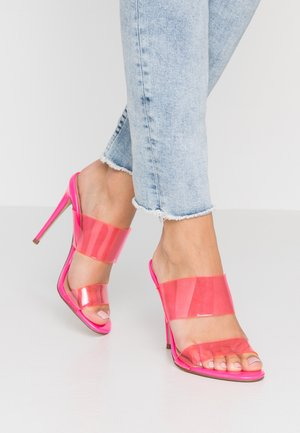 CHARLEE - Pantofle na podpatku - pink neon