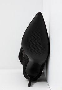 Steve Madden - DAKOTA - Højhælede støvler - black - 6