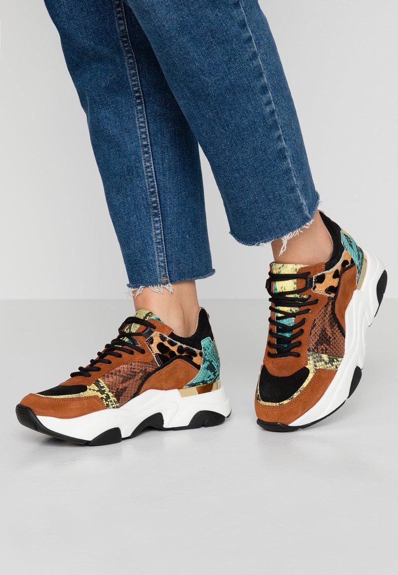 Steve Madden - FLEXY - Sneaker low - multicolor