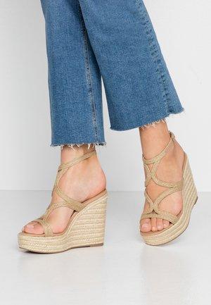 SENSE - Korolliset sandaalit - natural