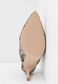 Steve Madden - DAILY - Ankelboots med høye hæler - tan - 6