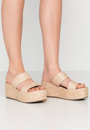JOLTED - Pantolette hoch - natural