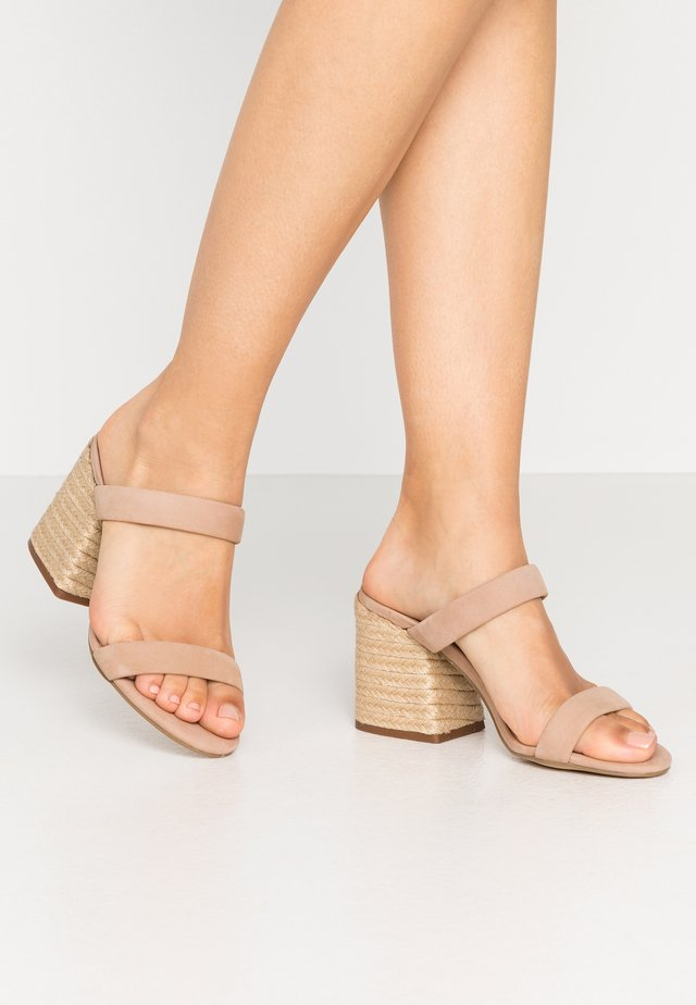 MARCELLA - Heeled mules - tan