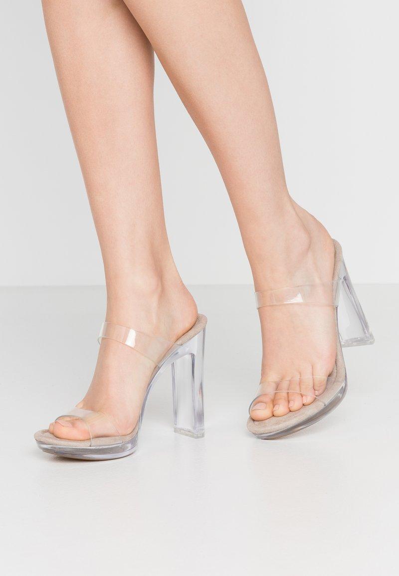 Steve Madden - GLASSY - Pantofle na podpatku - clear