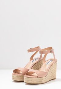 Steve Madden - VALLI - High heeled sandals - blush - 4