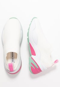 Steve Madden - MOMENTS - Loafers - white - 3