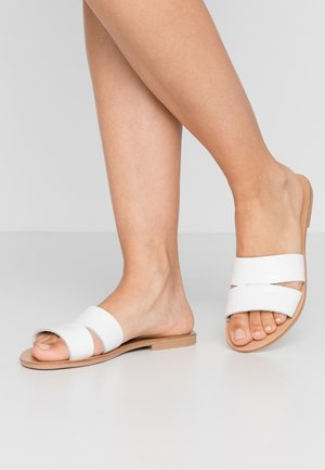 TAMRA - Pantolette flach - white