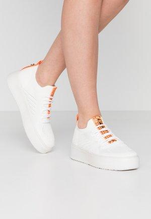 BRITTA - Sneakers - white
