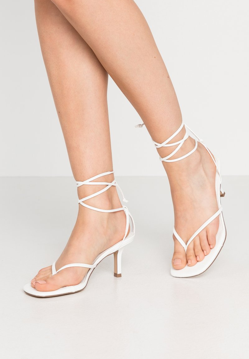 Steve Madden - LORI - Tongs - white lizard