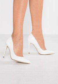 Steve Madden - DAISIE - High heels - white - 0