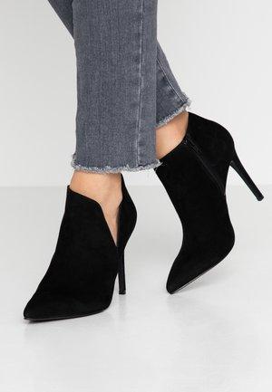 ARIZA - High Heel Stiefelette - black