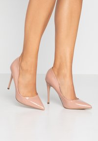 Steve Madden - DAISIE - Decolleté - dark blush - 0