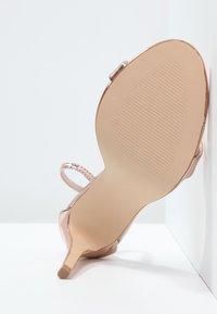 Steve Madden - STECY - Korolliset sandaalit - rose gold - 4