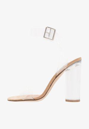 CLEARER - Sandály na vysokém podpatku - clear