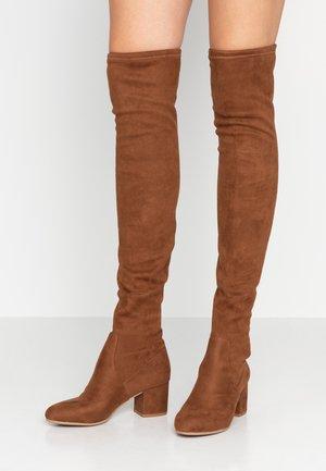 ISAAC - Kozačky nad kolena - brown