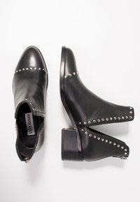 Steve Madden - CONSPIRE - Kotníková obuv - black - 3