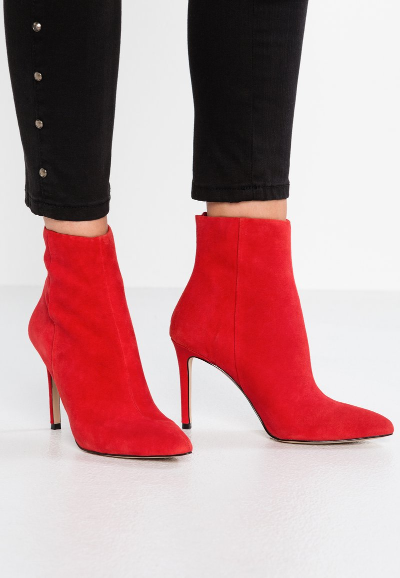 Steve Madden - CAREY - High Heel Stiefelette - red