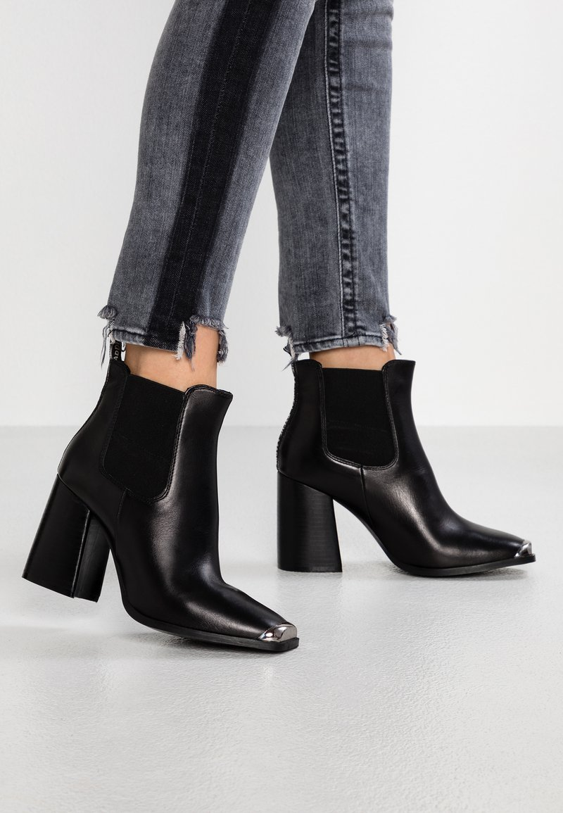 Steve Madden - PETTY - High Heel Stiefelette - black