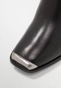 Steve Madden - PETTY - High Heel Stiefelette - black - 2