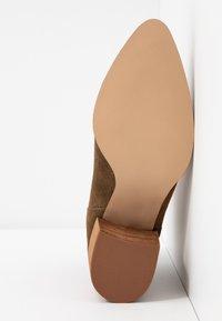 Steve Madden - JAMESIE - Ankle boots - chestnut - 6